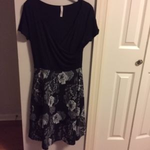NWOT Modcloth Black and White Roses Dress XL